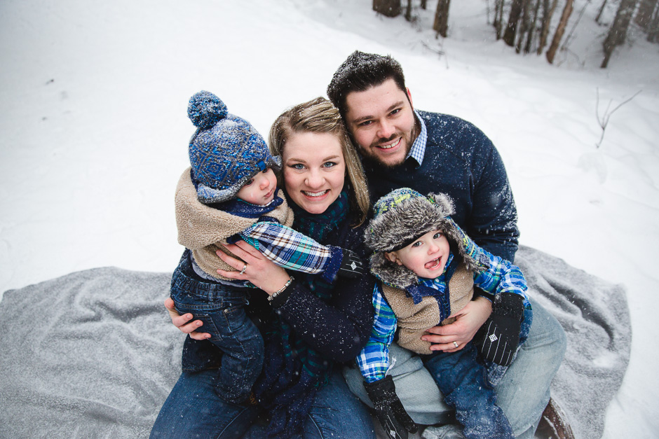 Anchorage_Family_Winter_Snow_Photographer_131212-5
